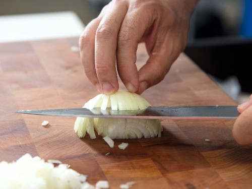 10 Basic Knife Skills for Thanksgiving Day Prep