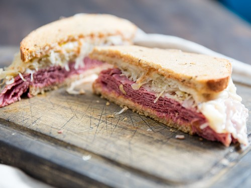 A Matter of Construction: How to Make Great Reuben Sandwiches for a Crowd