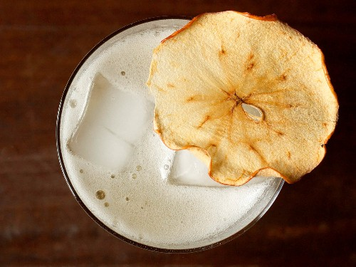 How to Cram Apple Flavor Into the Perfect Fall Cocktail