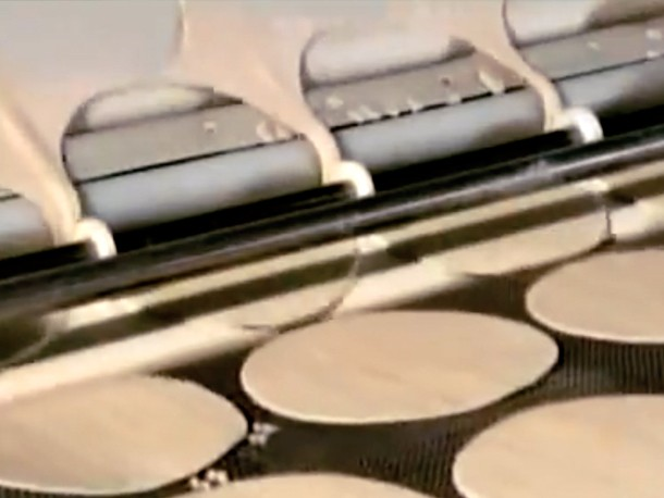 Video: See How Frozen Pizza is Made