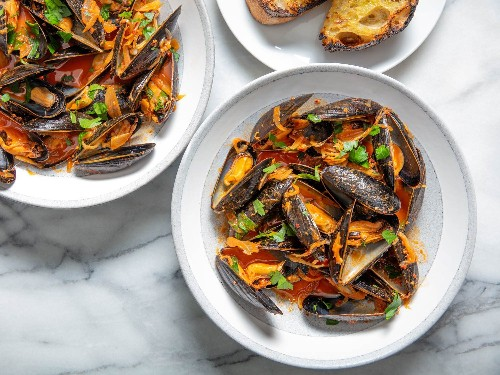 Spicy Steamed Mussels With 'Nduja Recipe