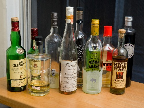 Show and Tell: Your Home Bar