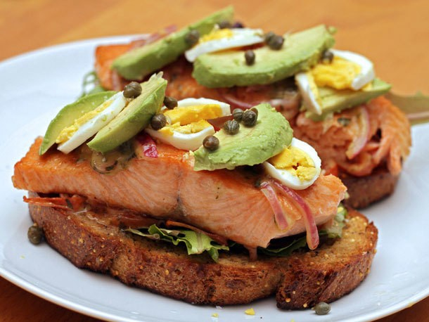 Open-Faced Salmon Sandwich with Sweet Mustard Sauce Recipe