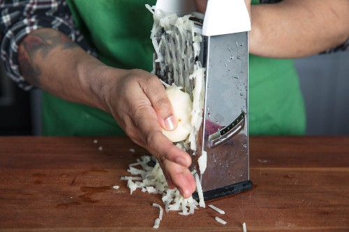 How to Make the Crispiest Shredded Hash Browns