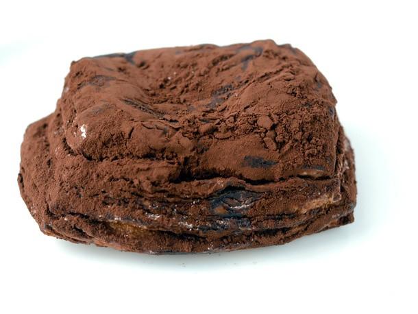 Sugar Rush: Paris Baguette's 'Tiramisu Pastry,' a Cream-Filled, Chocolate-Dusted Croissant