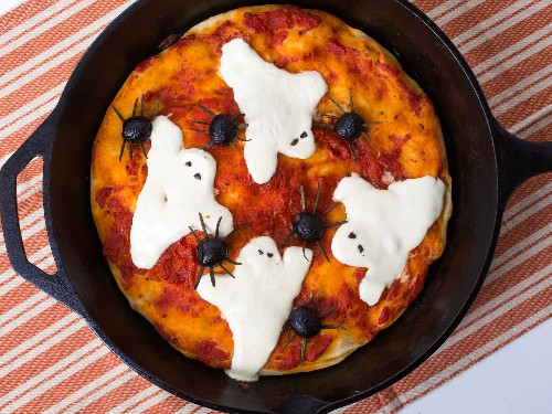 Halloween Dinner Doesn't Get Easier Than This Ghost and Spider Pan Pizza