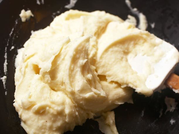 The Food Lab: Ultra-Fluffy or Rich and Creamy Mashed Potatoes