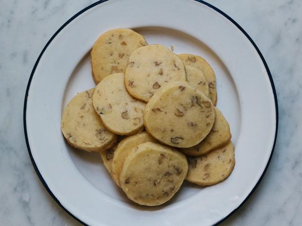 Wild Hickory Nut Shortbread Cookies Recipe