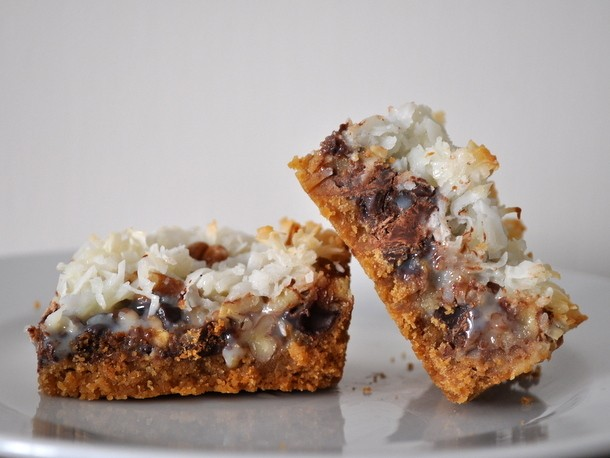Cookie Monster: Hello Dolly Bars