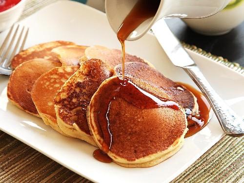 Light and Fluffy Buttermilk Pancakes Recipe