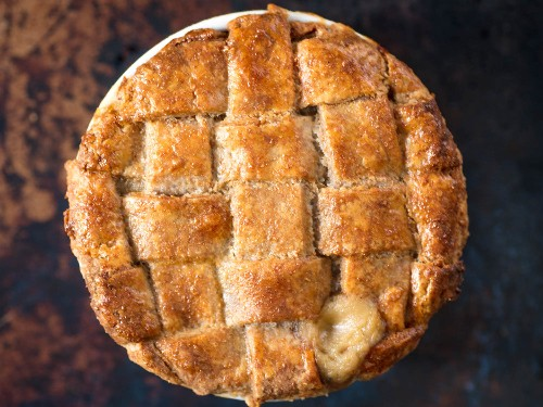 How to Make the Tastiest, Flakiest Whole Wheat Pie Crust (It's Not About Your Health)