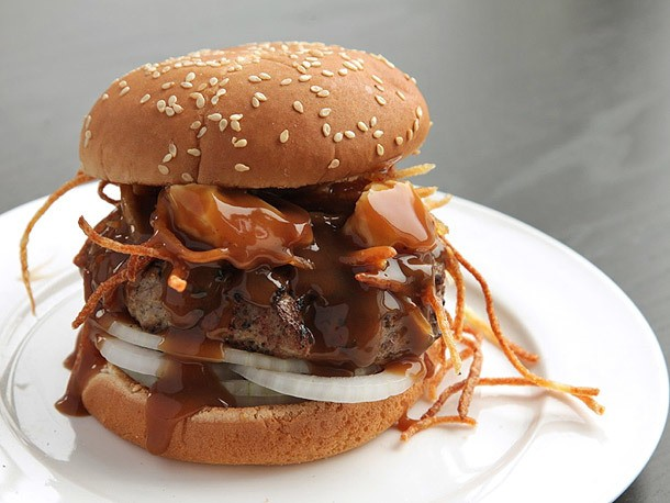 Poutine Burger (Burgers With Fried Potatoes, Cheese Curds, and Gravy) Recipe