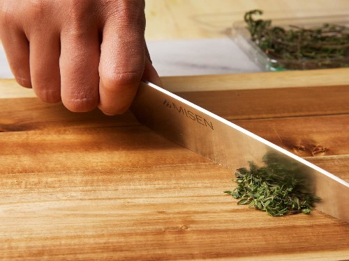 9 Ways You Might Be Ruining Your Knives