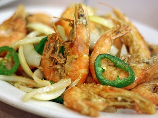 """TGI Fry-Day: Salt and Pepper Shrimp at """"Little"""" Three Happiness"""