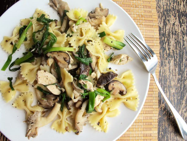 Chicken Pasta with Mixed Mushrooms and Green Onions Recipe