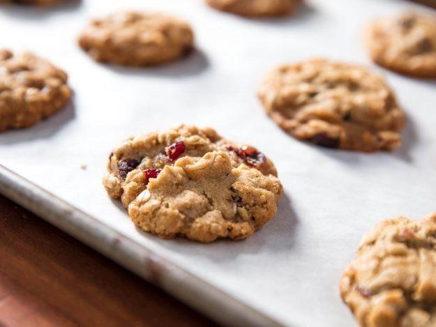 Easy One-Bowl Oatmeal Cookies Recipe