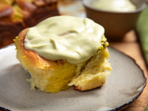 Triple-Pistachio Breakfast Buns, the Make-Ahead Breakfast of Your Dreams