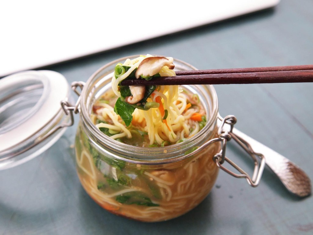 Make Your Own Just-Add-Hot-Water Instant Noodles (and Make Your Coworkers Jealous) | The Food Lab