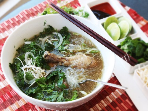 Use the Pressure Cooker to Make Full-Flavored Pho Ga (Vietnamese Chicken Noodle Soup) In 30 Minutes