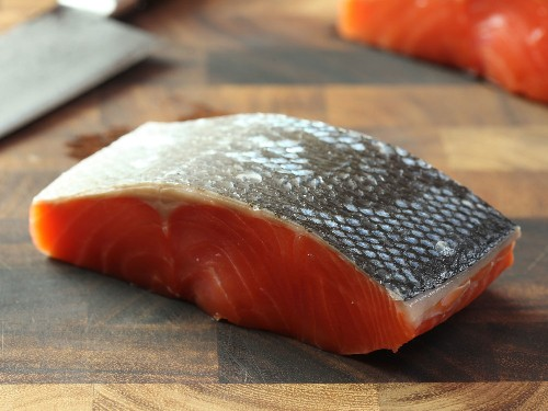 The Food Lab: How to Make Pan-Seared Salmon Fillets With Crispy Skin