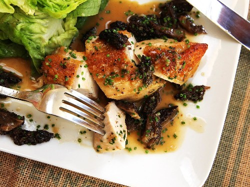 How to Make Easy Pan-Roasted Chicken Breasts With Morel Mushroom Pan Sauce