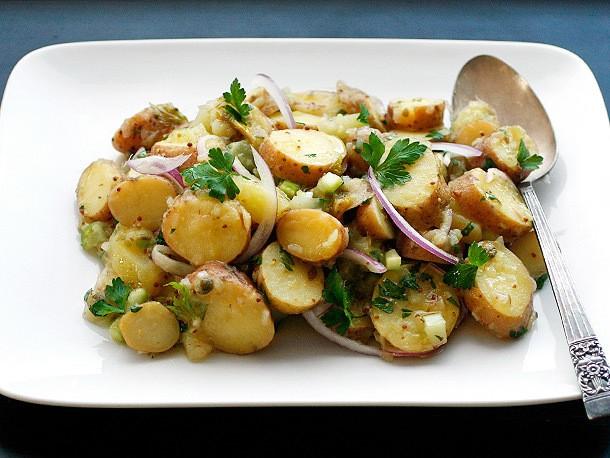 How to Make Vegan Creamy Fingerling Potato Salad