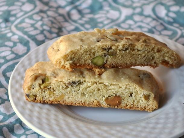 Olive Oil Pistachio Biscotti Recipe