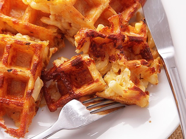 Macaroni and Cheese Waffles Recipe