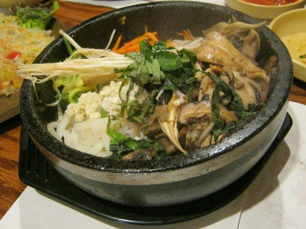 The Vegetarian Option: Koreatown's Cho Dang Gol Specializes in Fresh Homemade Tofu