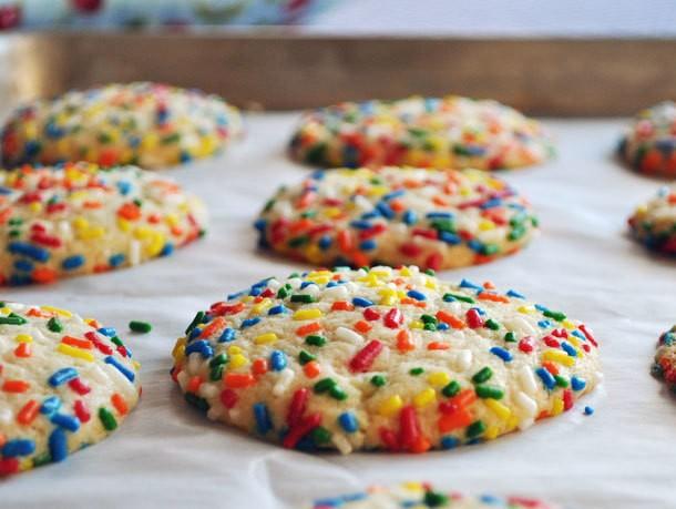 Cookie Monster: Vanilla Sprinkle Cookies