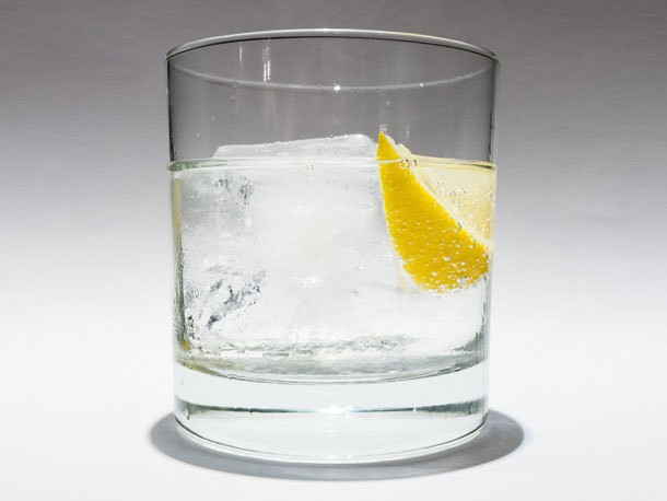 Cocktail Science: All About Carbonation