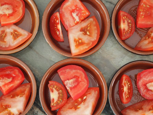 How to Store Tomatoes (and Whether to Refrigerate Them)