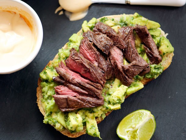 Grilled Steak, Avocado, and Spicy Crema Sandwiches Recipe