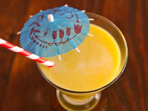 Tangy Kumquat-Pear Juice Recipe