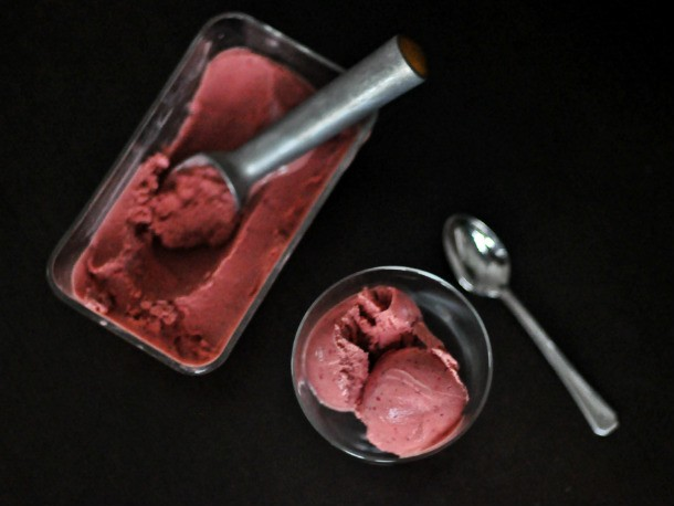 Balsamic Roasted Strawberry Sherbet Recipe
