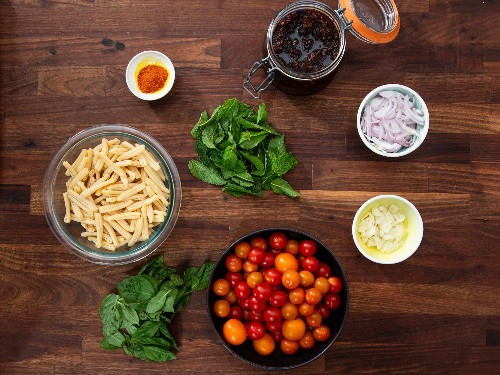 The Secret to a Better Burst-Tomato Pasta: XO Sauce
