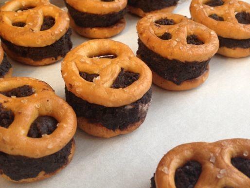 Gluten-Free Tuesday: No-Bake Chocolate Pretzel Bites