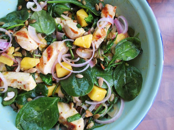 Chicken Dinners: Grilled Chicken and Spinach Salad with Honey Mustard Dressing