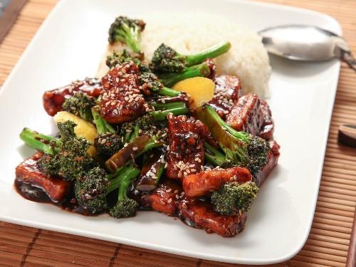 Vegan Crispy Stir-Fried Tofu With Broccoli Recipe