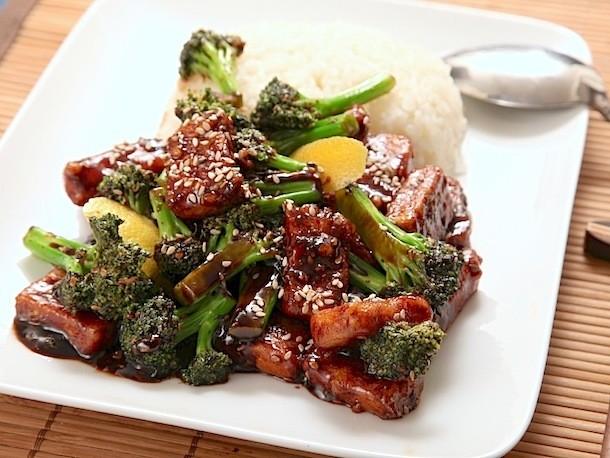Ed's Vegan Diary, Week 2: Getting Tight With Tofu