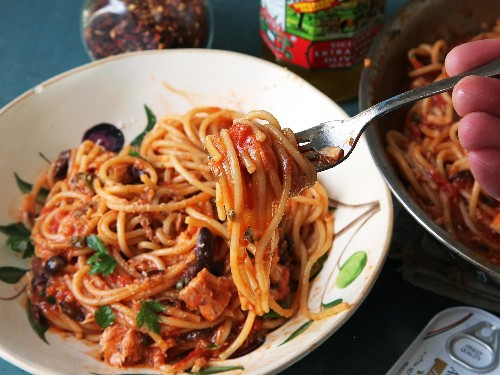 How to Make Spaghetti Puttanesca: The World's Most Pungently Delicious Pasta