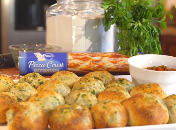 Video: Pillsbury Spinach & Artichoke Stuffed Rolls