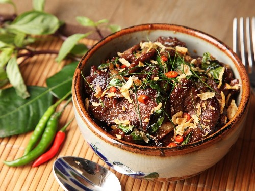 Thai-Style Beef With Basil and Chilies (Phat Bai Horapha) Recipe