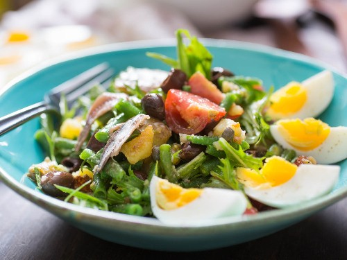 Marinate Tough Greens, Use Fresh Herbs, and More Pro Tips for Better Salads
