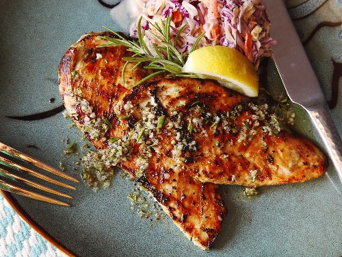5-Minute Grilled Chicken Cutlets With Rosemary, Garlic, and Lemon Recipe