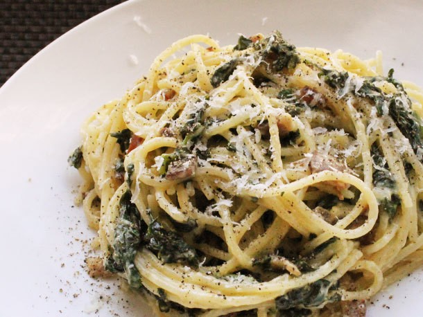 Skillet Spaghetti alla Carbonara with Kale Recipe