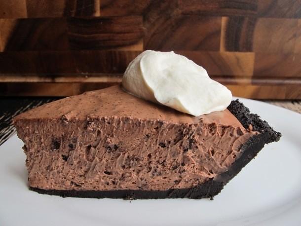 Chocoholic: No-Bake Chocolate Kahlua Pie