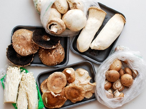 How to Make a Meatier, Juicier, Tastier Grilled Mushroom