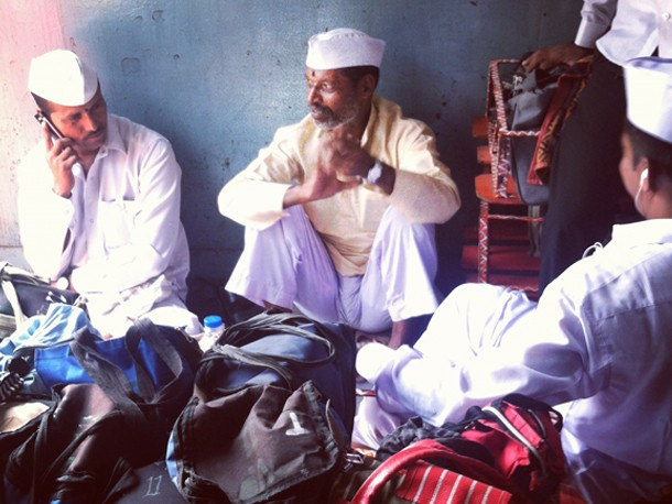 Video: A Day in the Life of a Dabbawalla Delivering Lunches in Mumbai