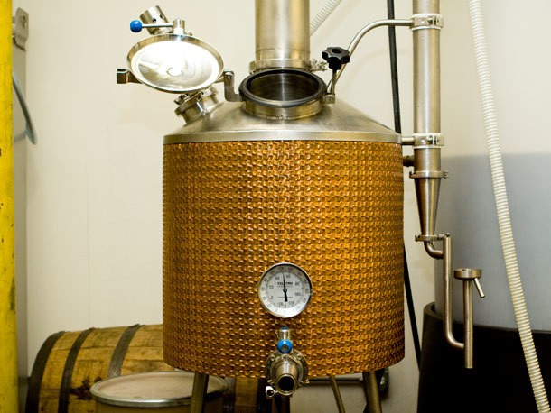 Distillation Glossary: Pots, Columns, and a Bucket of Tails